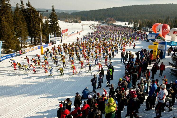 Start- und Ziel des Bieg Piastow liegen auf einer Höhe von 880 m oberhalb des bekannten polnischen Wintersportortes Szklarska Poreba