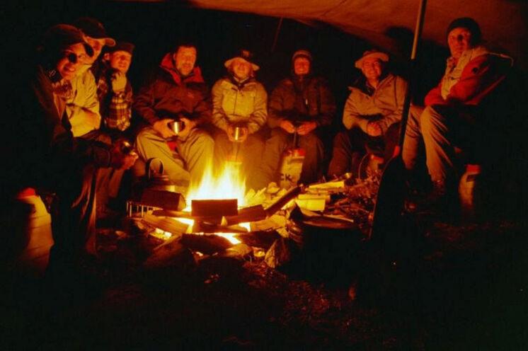 Bei all unseren Sommercamp Idre-Wochen ... immer mit Lagerfeuer.