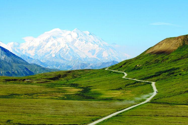 Ihre Fahrt zum Wonder Lake führt durch diese beeindruckende Landschaft
