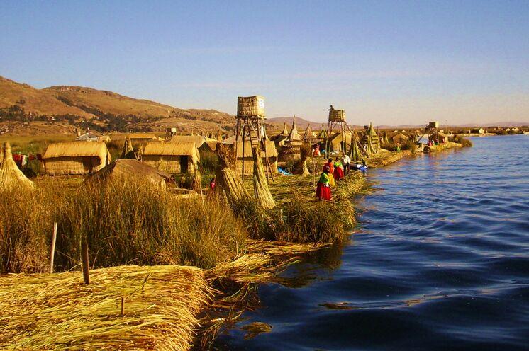 Weiter geht es zum Titicacasee und den schwimmenden Schilfinseln der Uros (10. Tag)