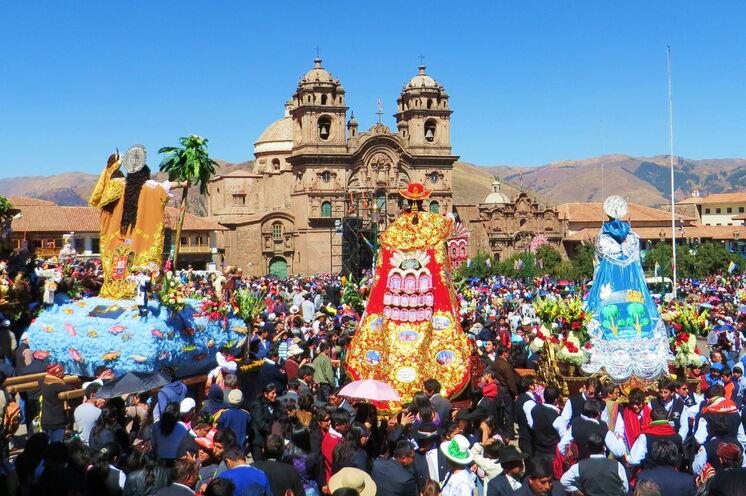 Am 12. Tag erkunden Sie Cuzco, den Nabel der Welt im Inkareich und auch heute noch eine faszinierende Andenstadt.