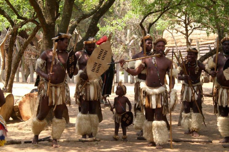 Kultur und Tradition der Swasi hautnah erleben (6.-7. Tag).