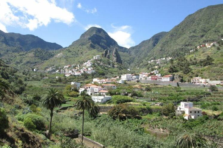 Hermigua: wildromantisch zwischen den Bergketten gelegen