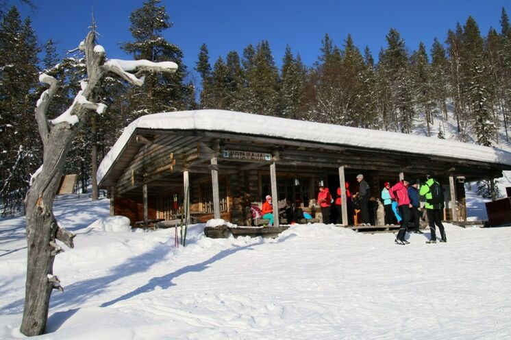 Im Nationalpark Pallas-Ylläs gibt es ab und an solche Pausenhütten, in denen sich auch ein kleiner Kiosk befindet