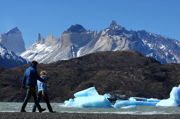 Unvergessliches Wandern in Chile: der Kontrast von Wasser, Eis und Gebirge im Nationalpark Torres del Paine