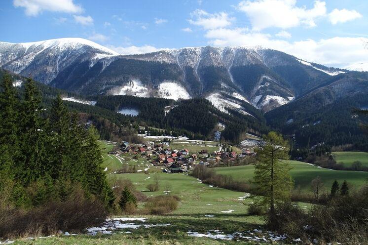 Der Frühling zieht ein ins Vratna-Tal