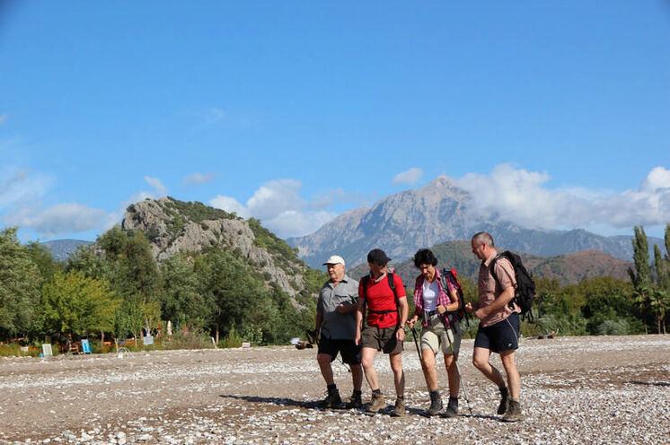 Im Hintergrung der Tahtali, der höchste Berg im Nationalpark und Wandergebiet am 5. Tag.