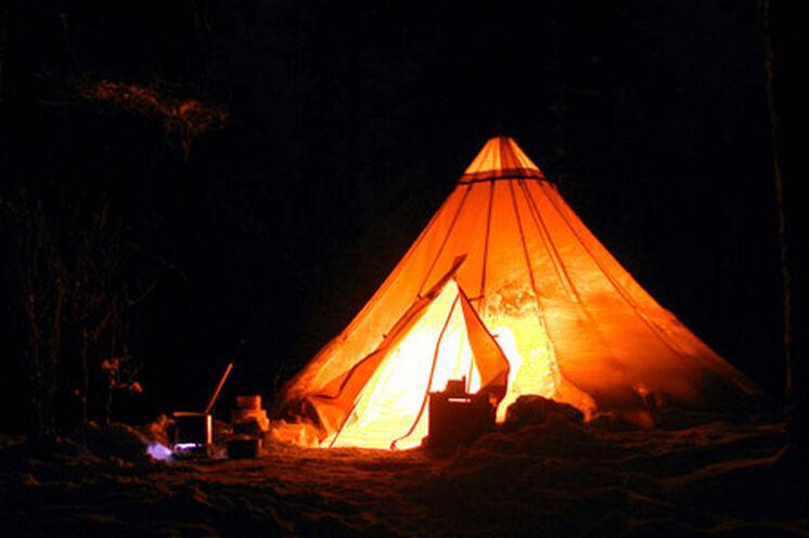 Lavu bei Nacht - sehr idyllisch