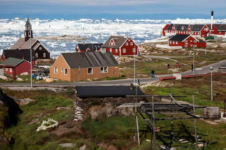 Eis im Vorgarten - Ilulissat (Foto: Heinz Bittner)