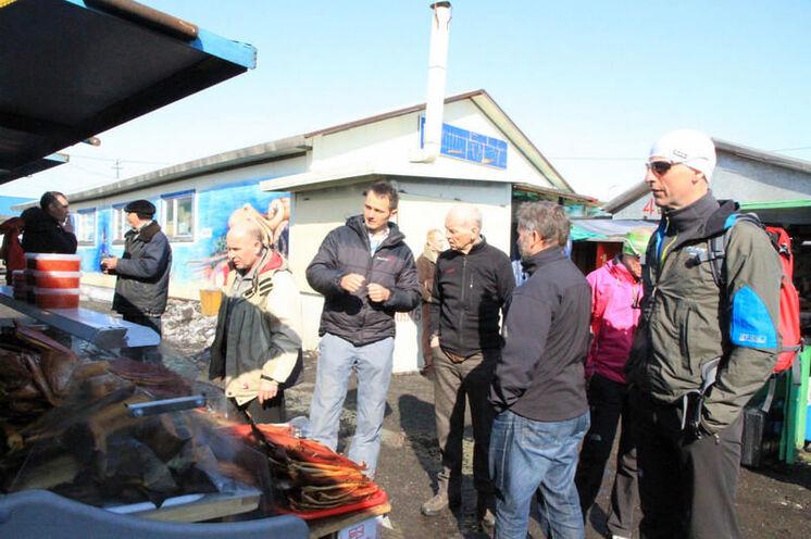 Wie jeder Kamtschatka-Reisende gehts kurz vor dem Rückflug zum Fischmarkt: Lachse, Kaviar...