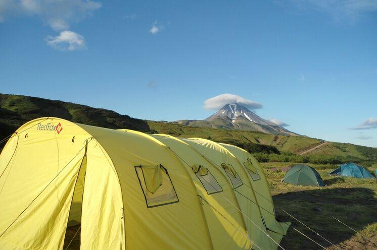 Nur bei uns: Für maximalen Komfort während der Zeltübernachtungen sorgen 2 Gemeinschaftszelte.