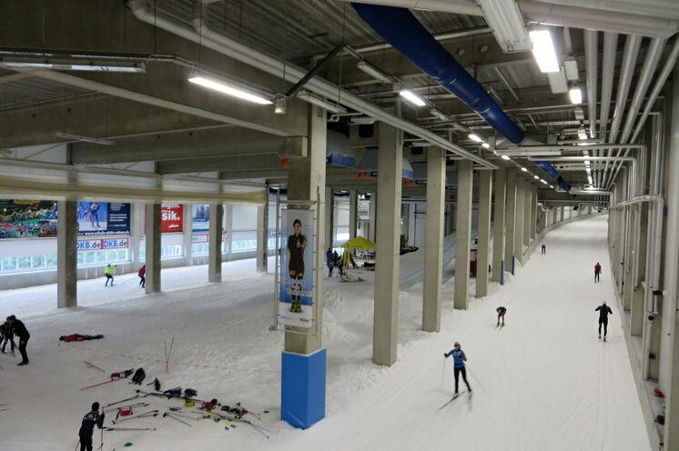 Ein knapp 2 km langer Rundkurs lässt alle Skifreunde auf ihre Kosten kommen