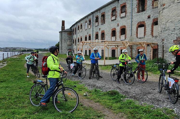 Tallinn und Umgebung erkunden wir auch auf alternativen Wegen per Rad. Hier das berüchtigte Patarei Gefängnis