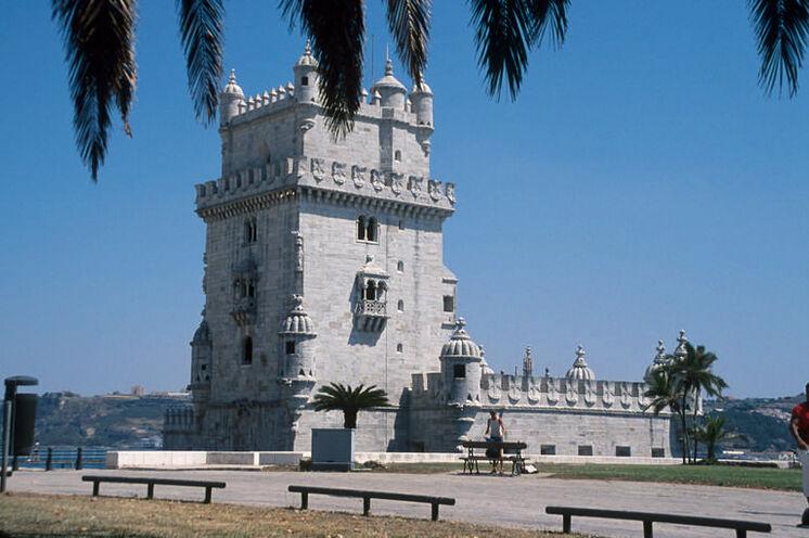 Das Torre de Belém ist eines des bekanntesten Wahrzeichen Lissabons.