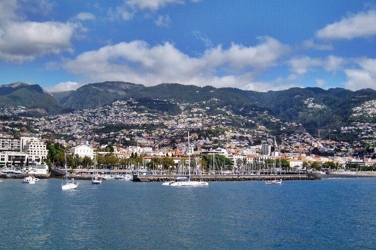 Eine Inselhauptstadt mit ganz eigenem Flair - Funchal.