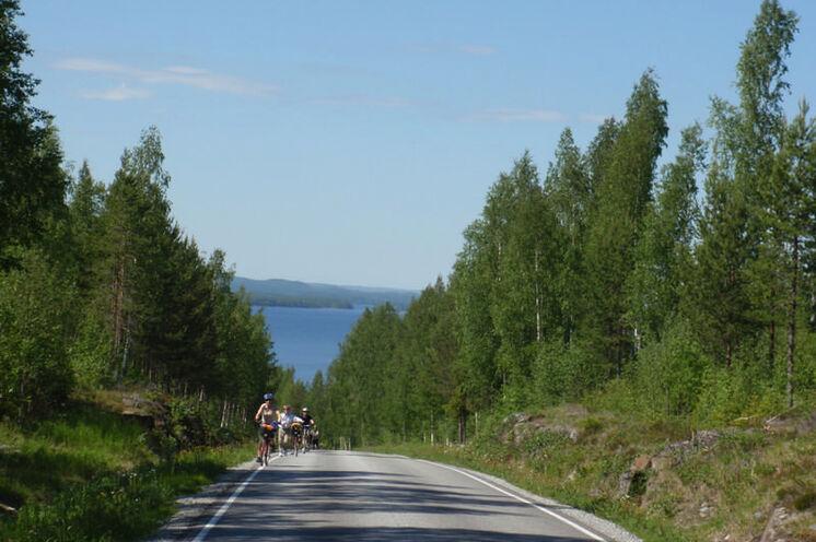 Mit dem Fahrrad fahren Sie 16 km oder gar 50 km – je nach Interesse