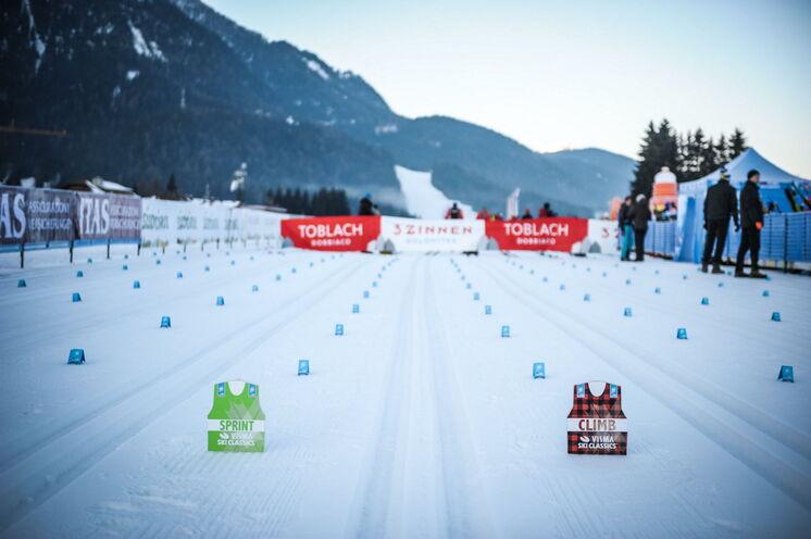Am Samstag findet die klassische Variante über 42 km CT statt, am Sonntag der Skatingwettbewerb über 32 km