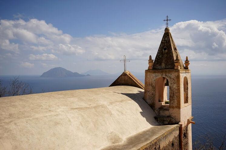 Kirche auf Alicudi