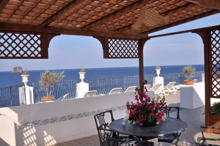 Da es auf Alicudi kein Hotel gibt, übernachten Sie in privaten Unterkünften bzw. kleinen Apartments in einheimischen Besitz