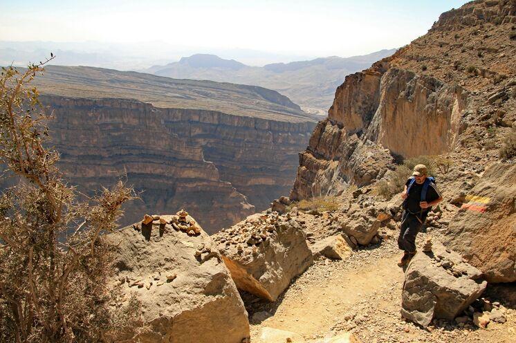 An Tag 17 sind Sie entlang der Abbruchkante im Hajar-Gebirge unterwegs