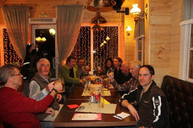 Unsere Gruppe beim Abschlußessen nach dem ersten Worldloppet in Russland. (2013)
