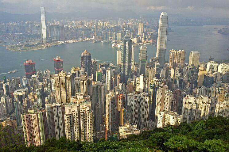 In der Weltmetropole Hongkong startet die Reise