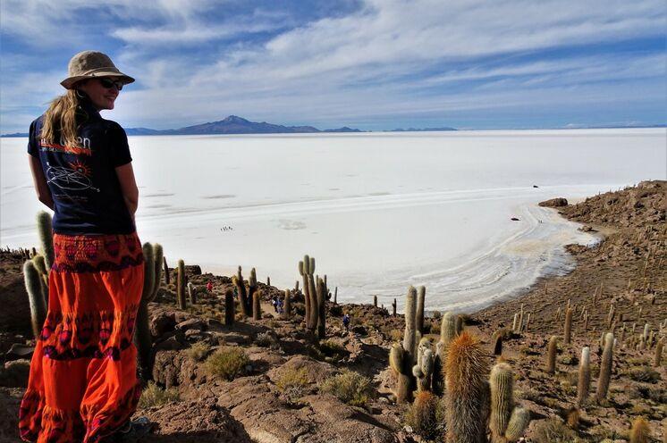 Salar de Uyuni, die mit 12.000 km² größte Salzwüste der Welt