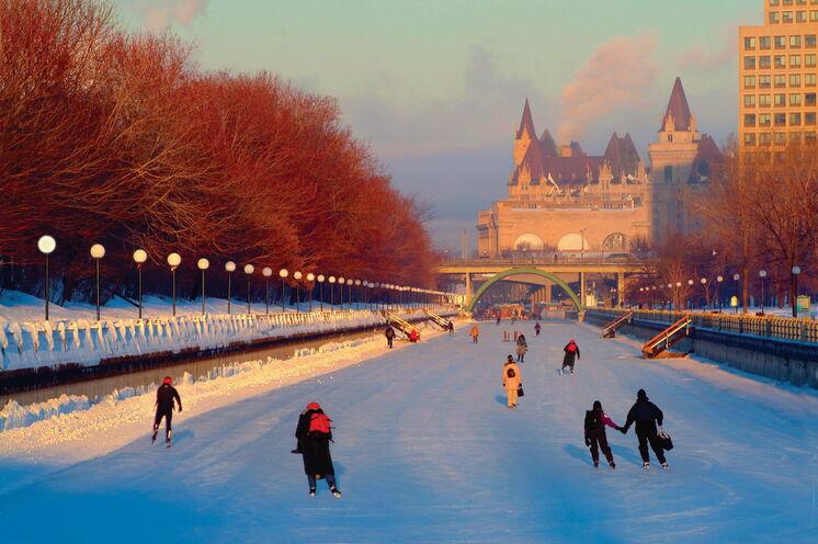 Weiter gehts in die 200 km entfernte kanadische Hauptstadt Ottawa und das auf dem anderen Ufer liegende Gatineau