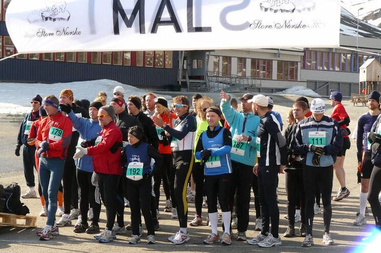 Start und Ziel sind in Spitzbergens Hauptstadt Lonyearbyn