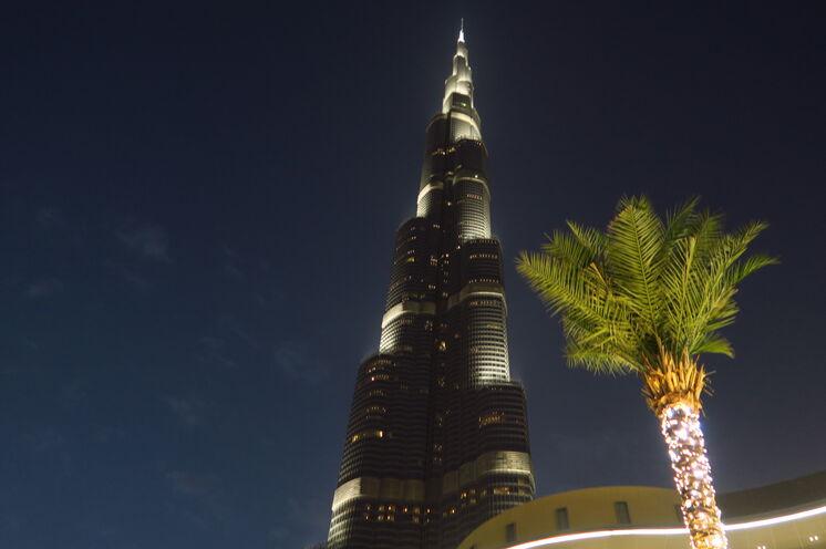 Burj Khalif - 828m - atemberaubend und fantastisch