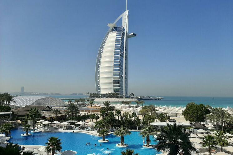 Hotel Burj el Arab Hotel - gigantisch und einzgartig