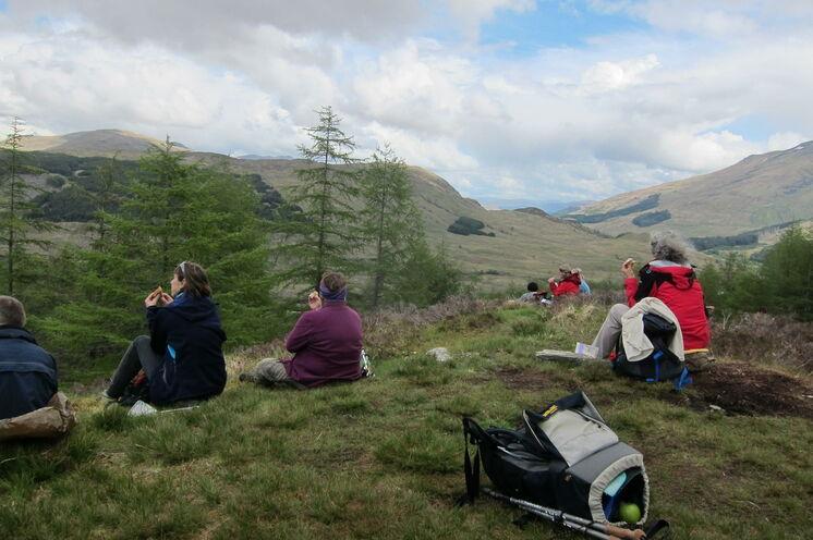 Picknick inmitten der einzigartigen Landschaft der Highlands
