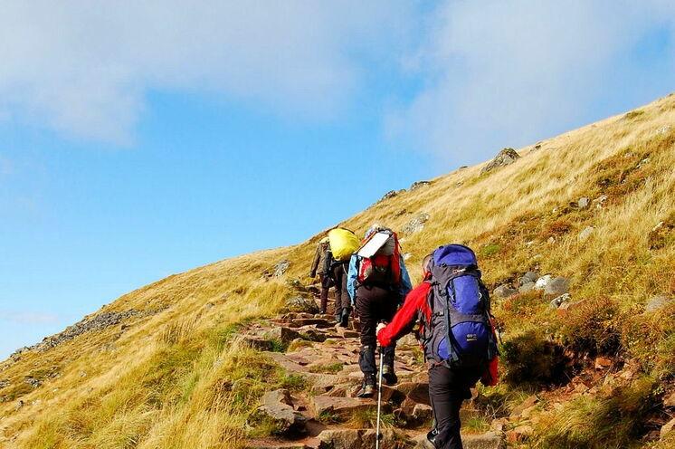 Die Wanderungen führen Sie auf leichten bis mittelschweren Wegen durch die schottischen Highlands (sie wandern nur mit Tagesrucksack; Ihr Hauptgepäck verbleibt in der Unterkunft)