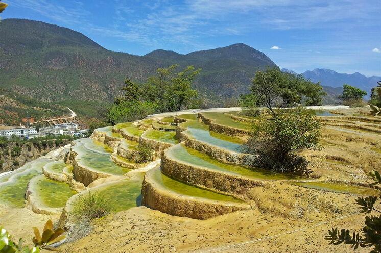 Weißwasserterrassen von Baishuitai