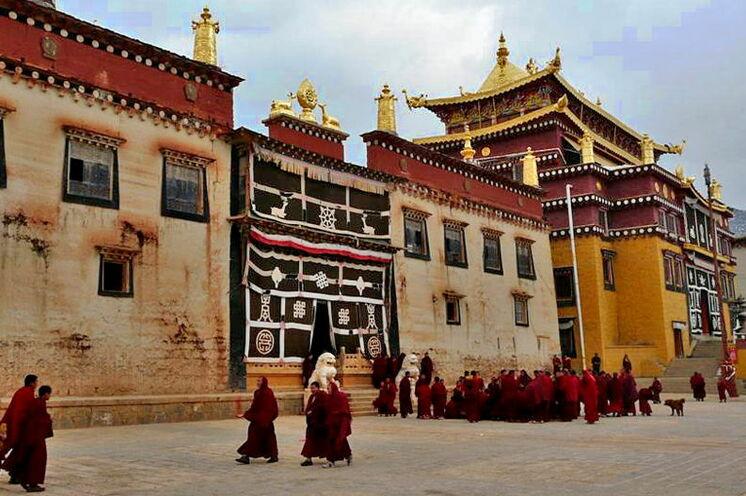 Tibetische Mönche in Shangri La