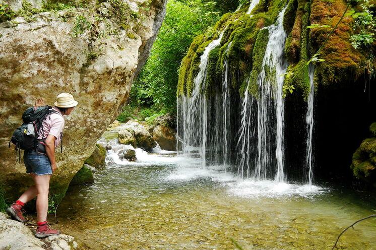 """""""Venushaar-Wasserfall"""" zu Fuß vom Palazzo Galotti erreichbar"""