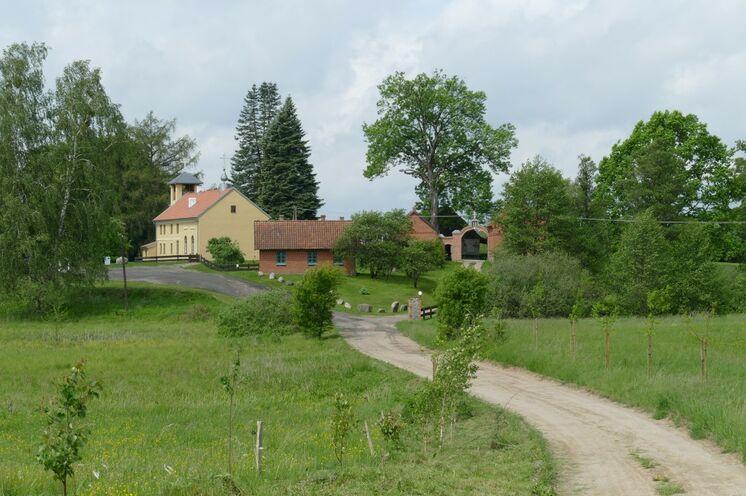 Zum Kloster in Wojnowo/Eckertsdorf kommen Sie am 3. Tag
