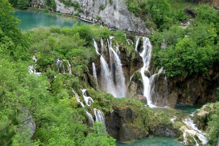 Die romantische Landschaft der Plitvicer Seen (4. Reisetag)