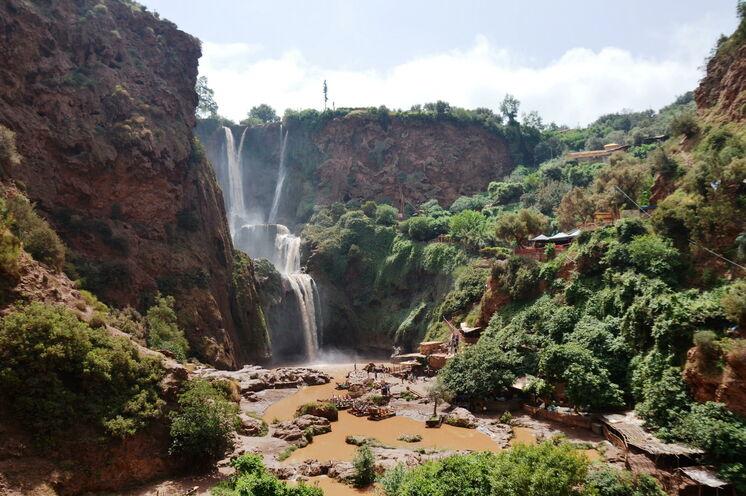 Ihr Weg in den Hohen Atlas führt Sie vorbei an den Wasserfällen von Ouzoud.