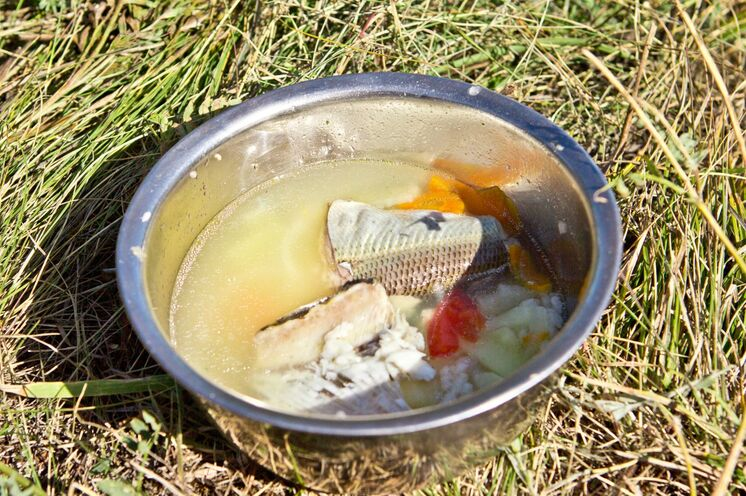 Lecker ist die frisch zubereitete Fischsuppe!