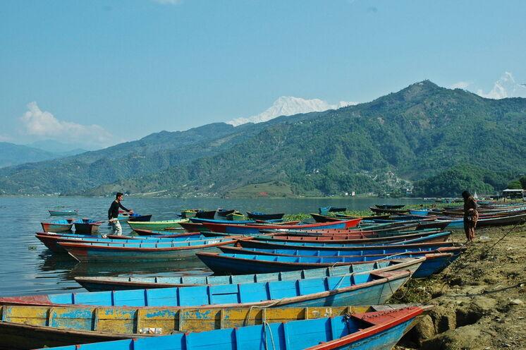 Entspannen Sie in Pokhara am Phewa See