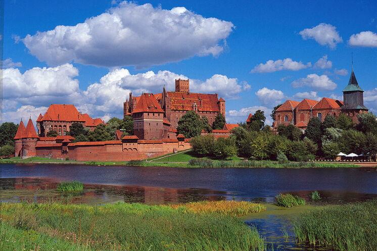 Die eindrucksvolle Marienburg in Malbork besuchen Sie am 7. Tag