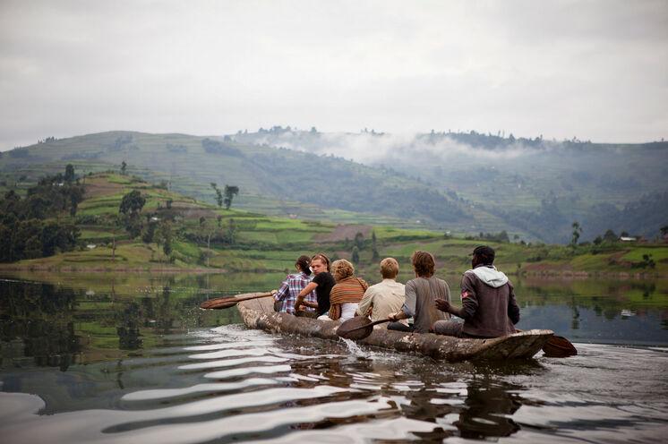 Einbaum-Tour auf dem Lake Bunyoni