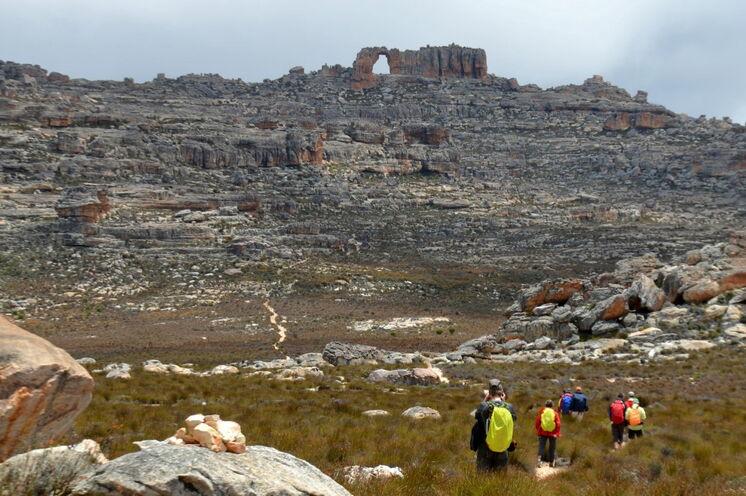 Nur wenige Besucher kennen dieses Gebirge: Auf Wanderung in den Cederbergen erwarten Sie eindrucksvolle Felsformationen.
