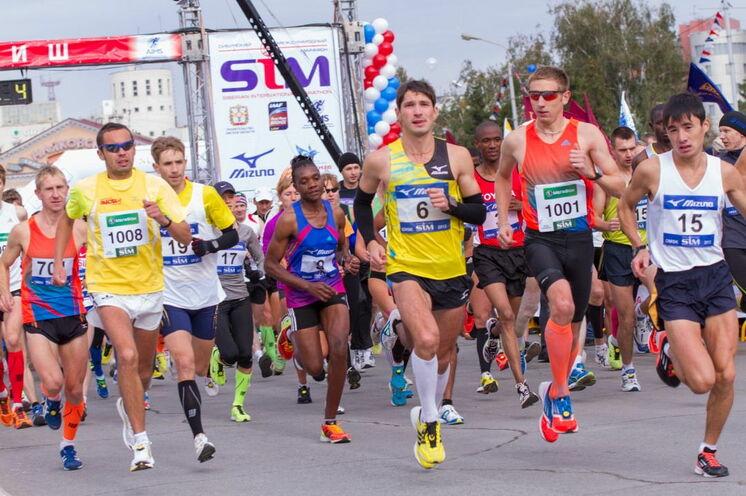 Jährlich mit mehreren tausend Marathonis.