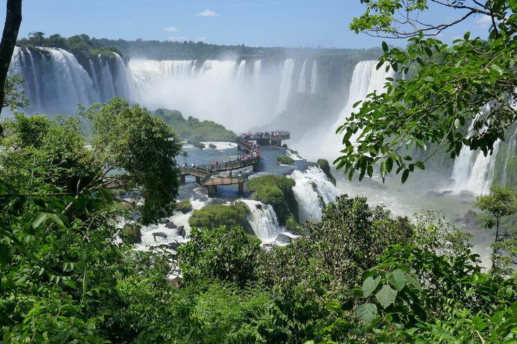 Spektakuläre Kullisse auf der argentinischen und brasilianischen Seite