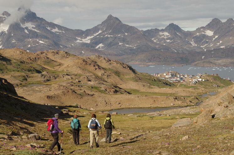 Wanderungen rund um Tasiilaq und auf den Hausberg der Halbinsel