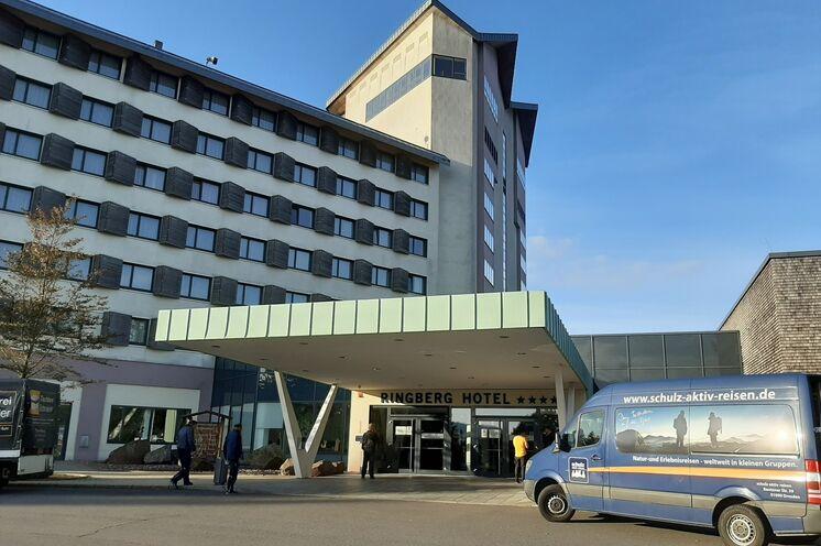 Unsere Unterkunft: Das Ringberghotel Suhl (4 Sterne) - zentral und malerisch gelegen