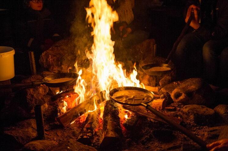 Nach der Tour schmecken Pfannkuchen direkt von Feuer fantastich!