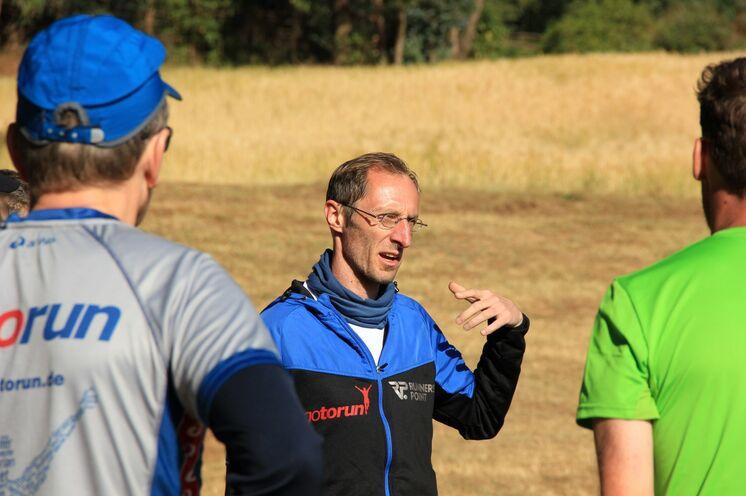 Trainer Piet wird Ihnen während des Laufcamps mit Rat und Tat zur Seite stehen.